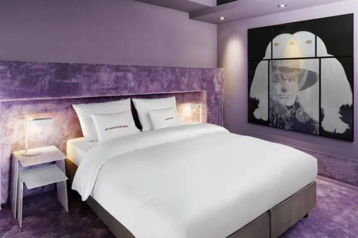 589_8_25hours_Hotel_Frankfurt_TheGoldman-M-Room-Plus-1