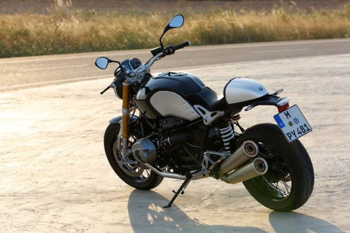 BMW R-P90135099_highRes