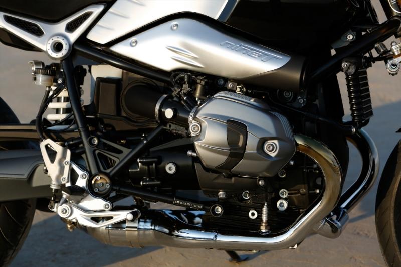 BMW R-P90135120_highRes