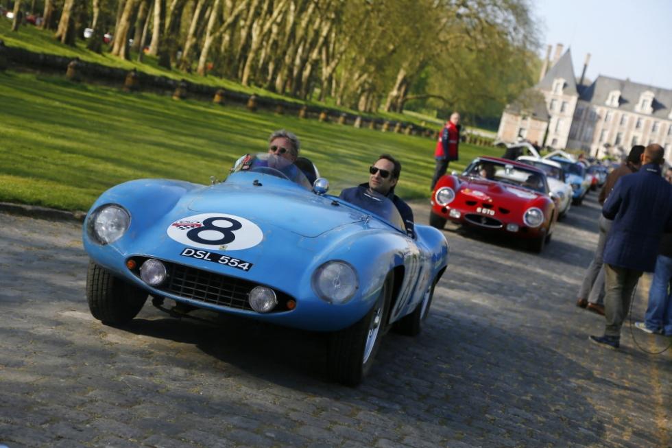 Ferrari_150142_car