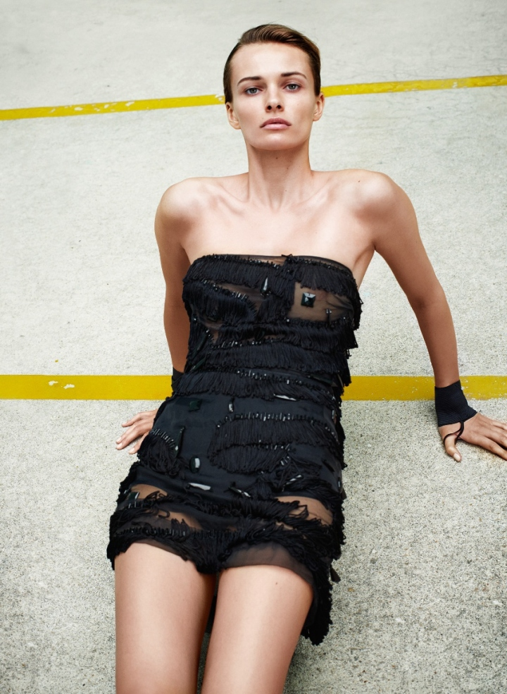 05-flair-may-2015-edita-vilkeviciute-by-collier-schorr