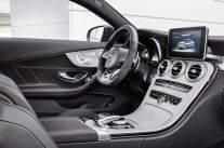 Mercedes-AMG C 43 Coupé, Interieur: Leder schwarz Kraftstoffverbrauch (l/100 km) innerorts/außerorts/kombiniert: 10,6/6,2/7,8 CO2-Emissionen kombiniert: 178 g/km interior: leather black Fuel consumption (l/100 km) urban/ex urban/combined: 10.6/6.2/7.8 combined CO2 emissions: 178 g/km