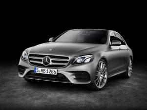 Mercedes-Benz E-Klasse, E 400 4MATIC, AMG Line, selenitgrau magno, Leder schwarz/sattelbraun Mercedes-Benz E-Klasse, E 400 4MATIC, AMG Line, selenit grey magno, leather black/saddle Brown