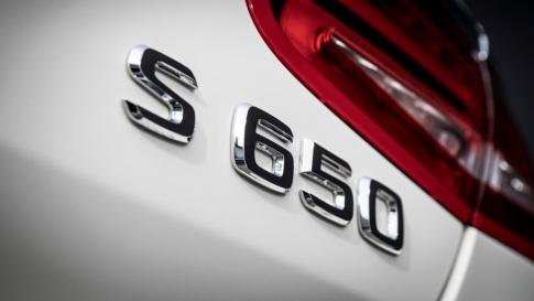 Exklusive Premiere des Mercedes-Maybach S 650 Cabriolets am Vorabend der LAAS 2016 ;Kraftstoffverbrauch kombiniert: 12,0 l/100 km; CO2-Emissionen kombiniert: 272 g/km Exclusive Premiere of the Mercedes-Maybach S 650 Cabriolets at the eve of the LAAS 2016; Fuel consumption combined: 12,0 l/100 km; Combined CO2 emissions: 272 g/km