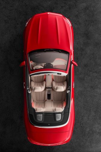 Mercedes-Maybach S 650 Cabriolet Studioaufnahme, offenes Verdeck ;Kraftstoffverbrauch kombiniert: 12,0 l/100 km; CO2-Emissionen kombiniert: 272 g/km Mercedes-Maybach S 650 Cabriolet studio shot, open soft top; Fuel consumption combined: 12,0 l/100 km; Combined CO2 emissions: 272 g/km