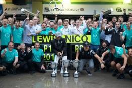Formel 1 - MERCEDES AMG PETRONAS, Großer Preis von Brasilien 2016. Lewis Hamilton, Nico Rosberg ; Formula One - MERCEDES AMG PETRONAS, Brazilian GP 2016. Lewis Hamilton, Nico Rosberg;