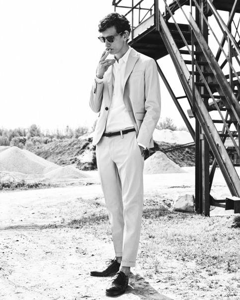 gq_delon_s_shot01_143-jpg-2048x1566_q90