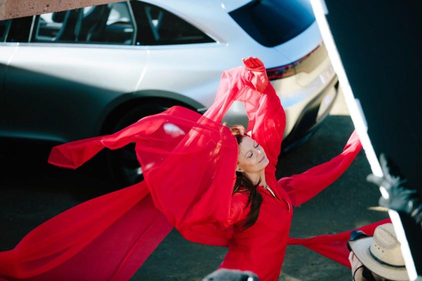 Weltweites Mercedes-Benz Mode-Engagement 2017: Susan Sarandon und das Concept EQ