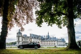Panorama mit Supersportwagen: Beim Chantilly Arts & Elegance Richard Mille 2017 am Schloss Chantilly in Frankreich gehörten die Mercedes-Benz SLR McLaren zu den Stars. Supersports panorama view: The Mercedes-Benz SLR McLaren of the model series 199 did play a leading part at the Chantilly Arts & Elegance Richard Mille 2017.