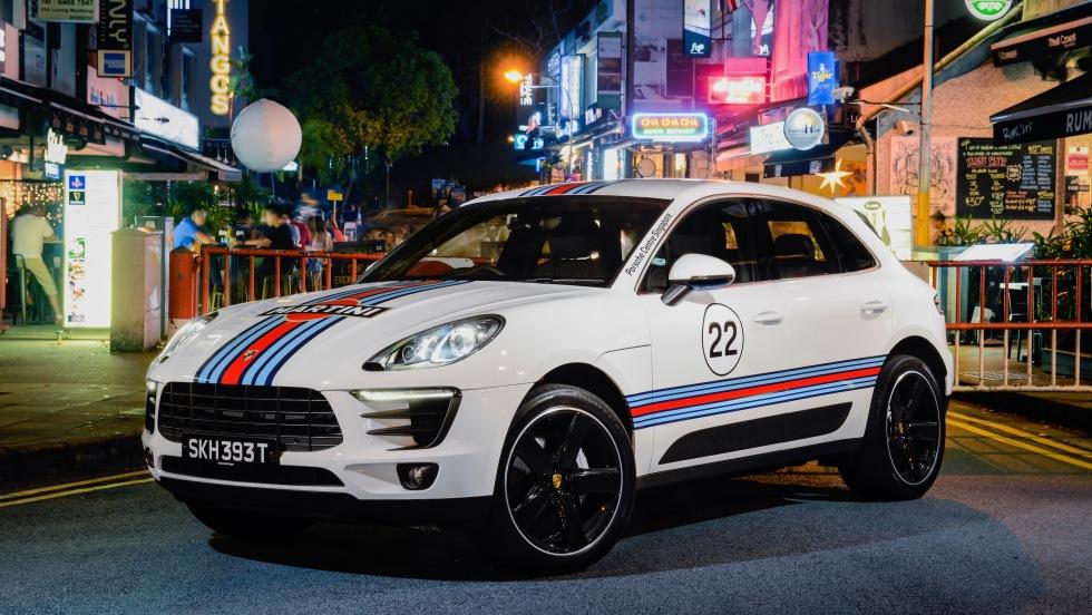 1546126_macan_martini_racing_holland_village_singapore_2017_porsche_ag