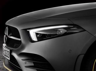 Mercedes-Benz A-Klasse, Edition 1. Exterieur: designo mountaingrau magno Mercedes-Benz A-Class, Edition 1. Exterior: designo mountain grey magno