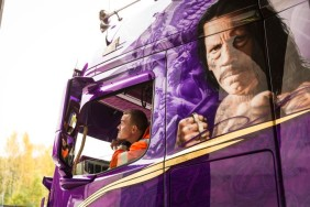 D514291-A-purple-drivers-dream-from-Finland