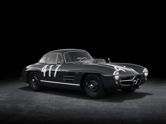 D519812-Special-exhibition-from-7-July-to-2-September-2018-Silver-Arrows-of-the-1950s-at-the-Louwman-Museum