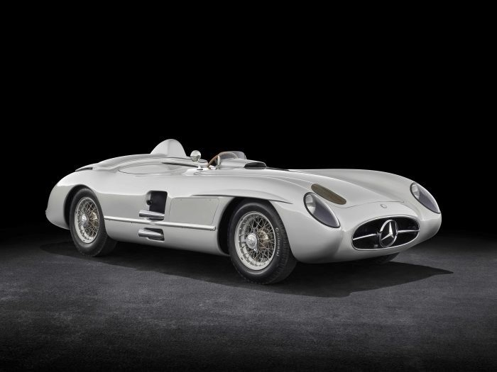 D519817-Special-exhibition-from-7-July-to-2-September-2018-Silver-Arrows-of-the-1950s-at-the-Louwman-Museum
