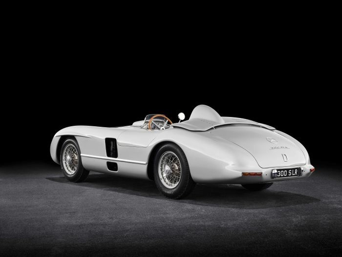 D519818-Special-exhibition-from-7-July-to-2-September-2018-Silver-Arrows-of-the-1950s-at-the-Louwman-Museum