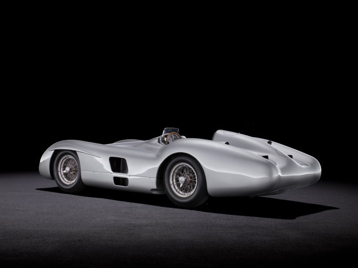D519835-Special-exhibition-from-7-July-to-2-September-2018-Silver-Arrows-of-the-1950s-at-the-Louwman-Museum